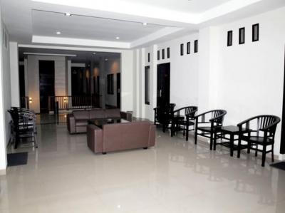 Family Room (26 Room)